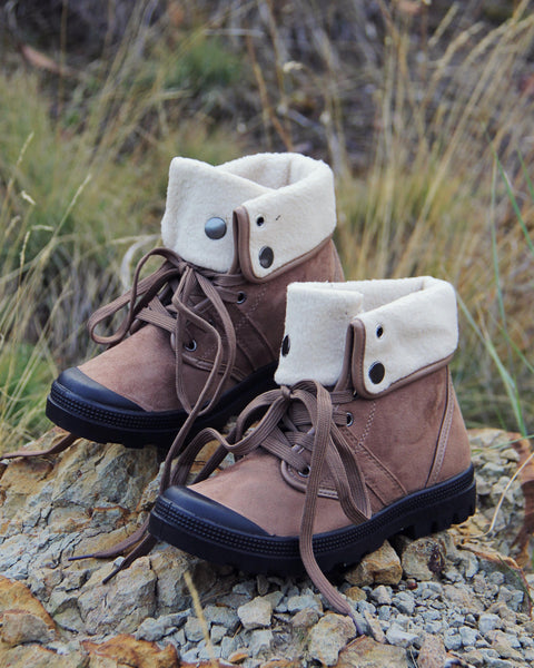 Tonasket Hiker Boots: Featured Product Image