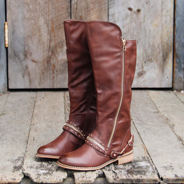 Totem Lake Boots: Featured Product Image