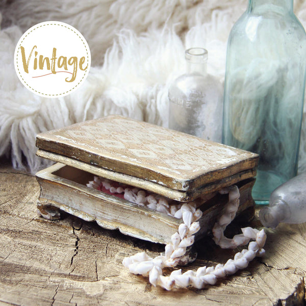 Vintage Italian Jewelry Box: Featured Product Image