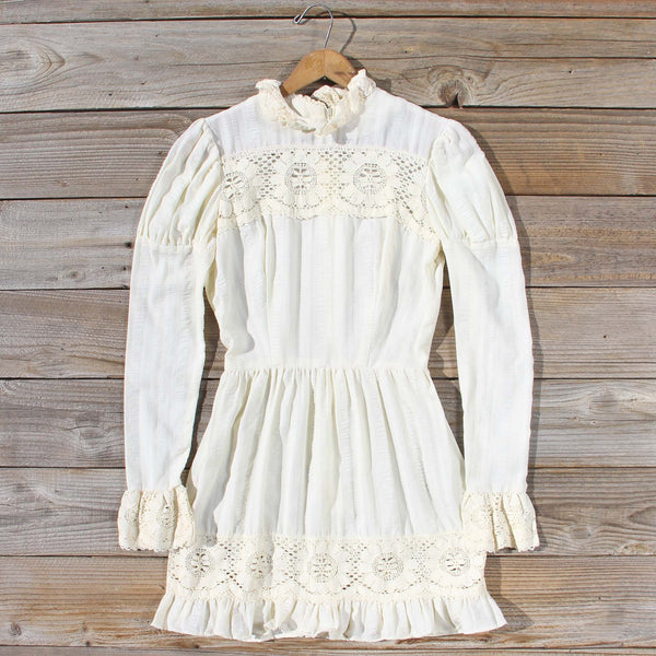 Vintage 70's Vagabond Lace Dress: Featured Product Image