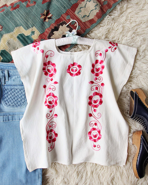 Vintage 70's Mexican Embroidered Top: Featured Product Image
