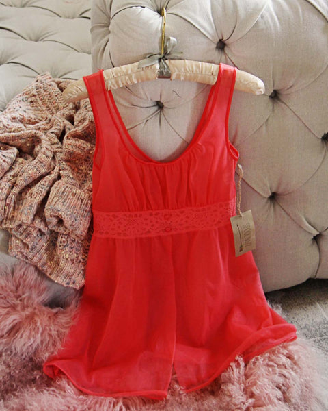 Vintage Flutter Lace Cami: Featured Product Image