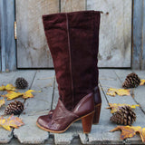 Vintage Burgundy Zodiac Boots: Alternate View #3