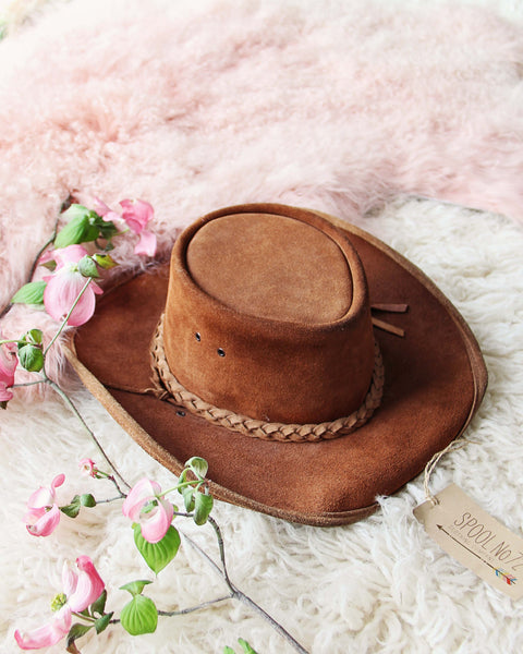 Vintage Outback Hat: Featured Product Image