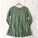 Wild Lavril Tee in Olive: Alternate View #4
