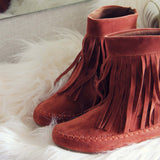 Wildheart Fringe Moccasins: Alternate View #2