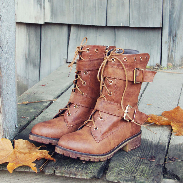 Winter Trail Boots: Featured Product Image
