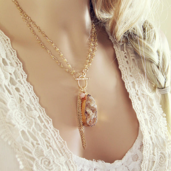 Wren & Stone Necklace in Sand: Featured Product Image