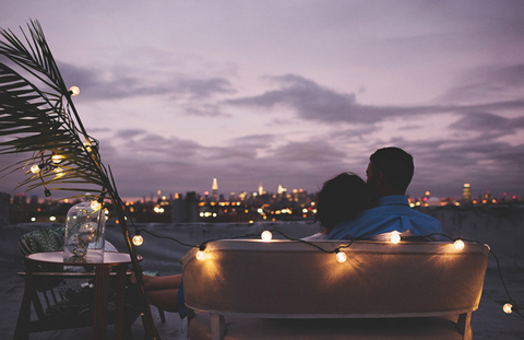 rooftop romantic date