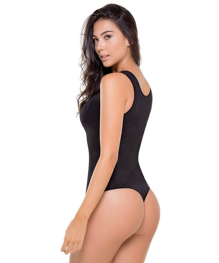 CLARA - Seamless Apparel Body Control by CYSM
