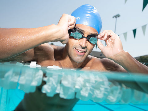 5 Tips for your first swim with the FORM Goggles
