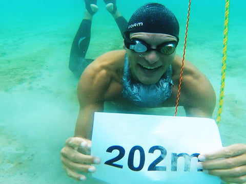 Breaking a Freediving Guinness World Record with FORM Smart Swim Goggles
