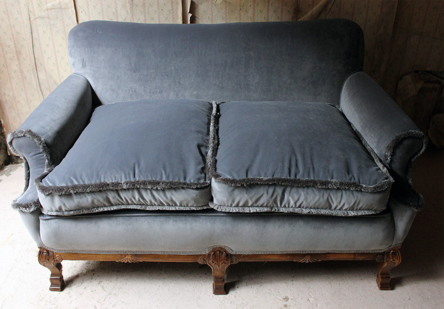 An Early 20thC American Walnut & Velvet Upholstered Three-Piece Suite