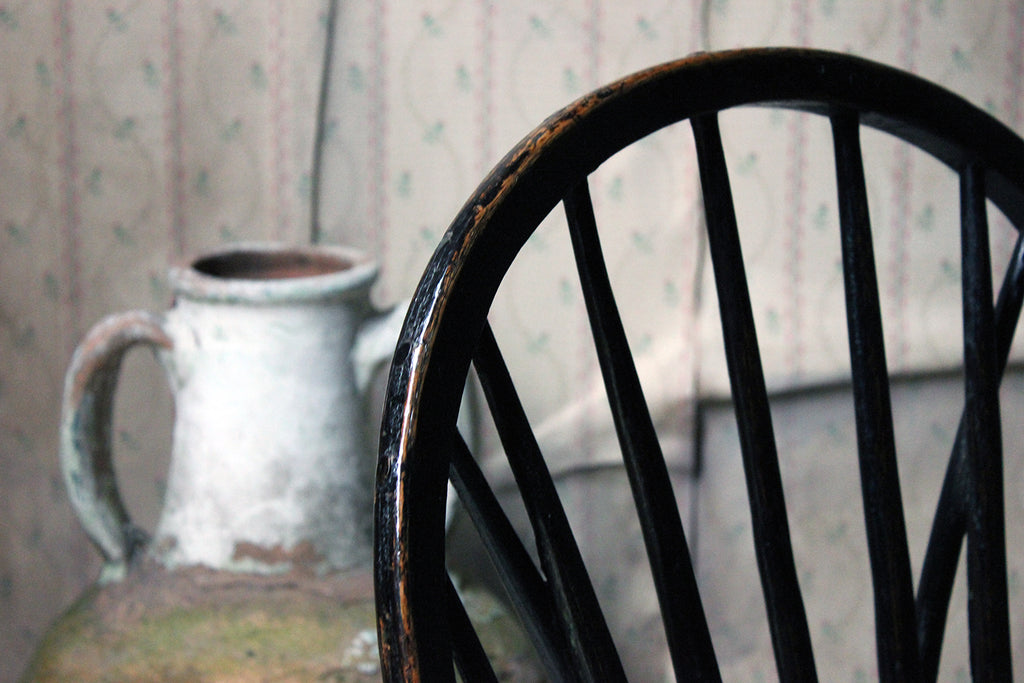 A Very Attractive English West-Country Black Painted Braced Bow-Back Windsor Chair c.1800