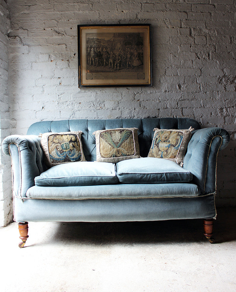 A Pretty Button Back Velvet Drop-End Chesterfield Sofa c.1900