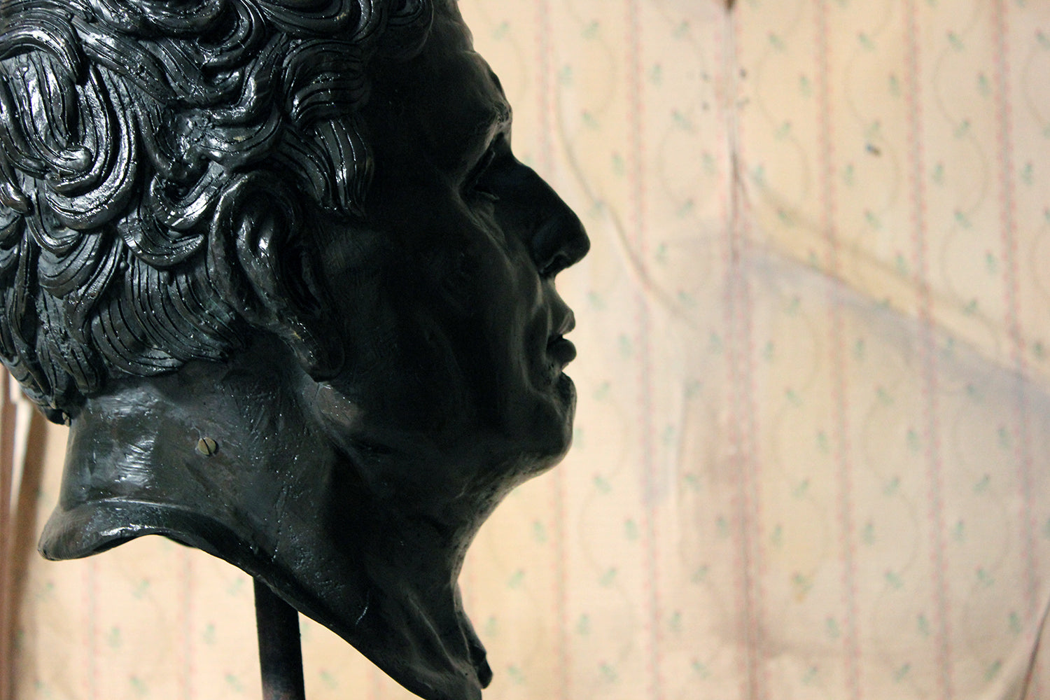 A Large 20thC Bronze Portrait Bust of a Roman Republican