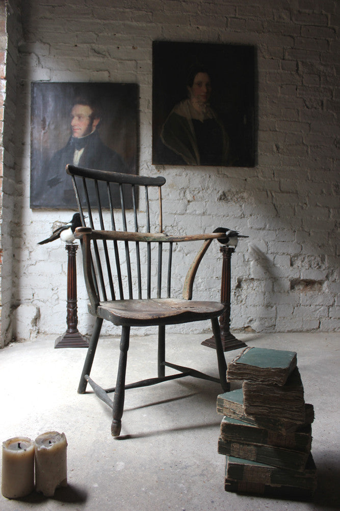 A Very Good Painted George III Comb-Back Windsor Armchair c.1780
