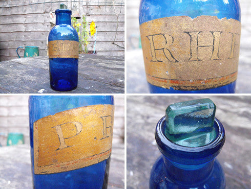A Fine Late 19thC Cobalt Glass Apothecary Bottle For Powder of Rhubarb