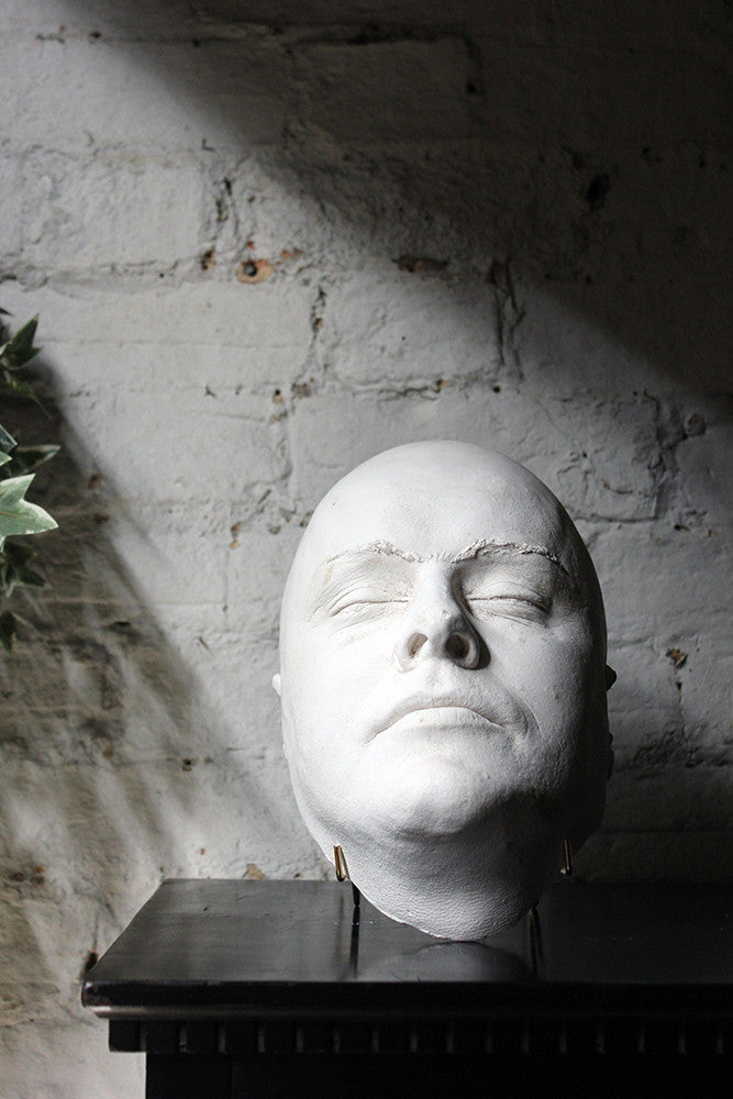A Good 20thC Plaster Death Mask of a Burly Gentleman