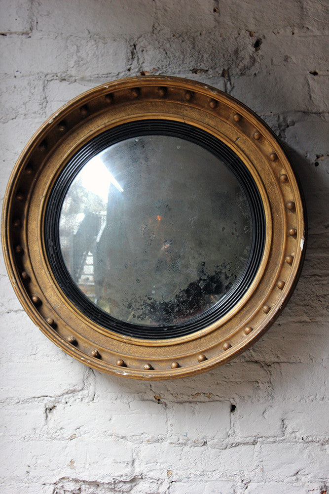 A Decorative Regency Period Giltwood & Gesso Convex Wall Mirror c.1820
