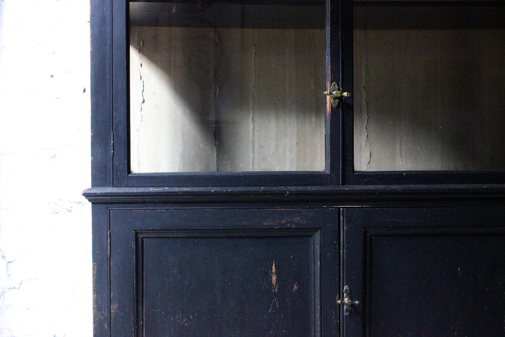 A Superb Edwardian Period Ebonised Shop Display Cabinet c.1910