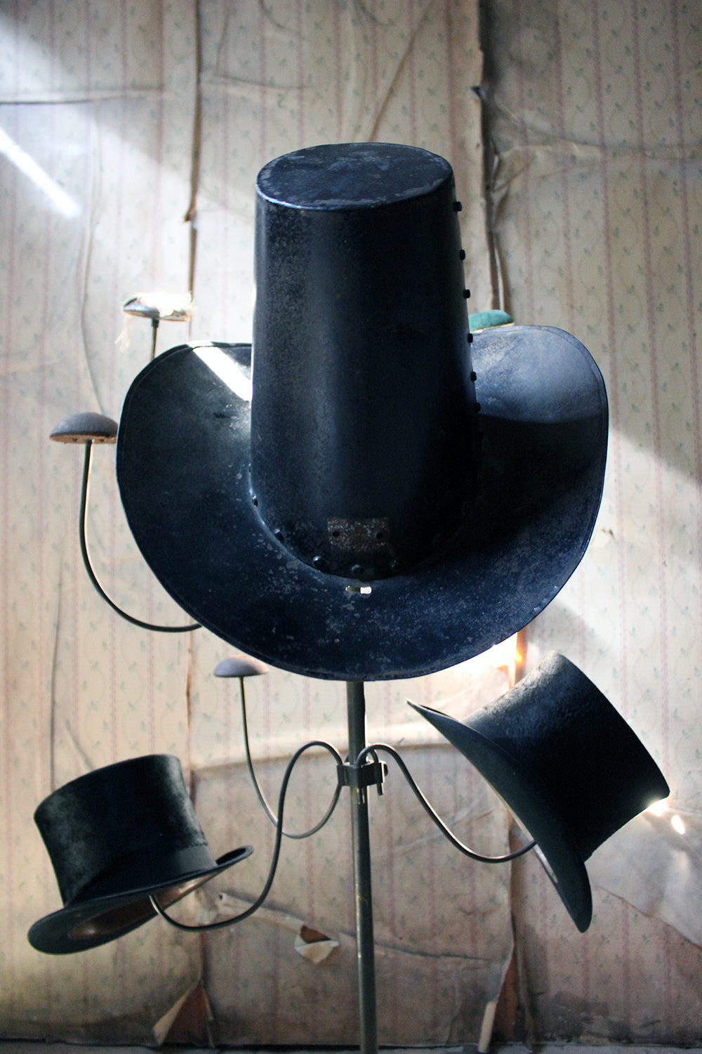 A Late-19thC Folk Art Painted Metal Milliners Trade Sign formed as a Top Hat; Annie Gold; French Milliner; Spitalfields, London