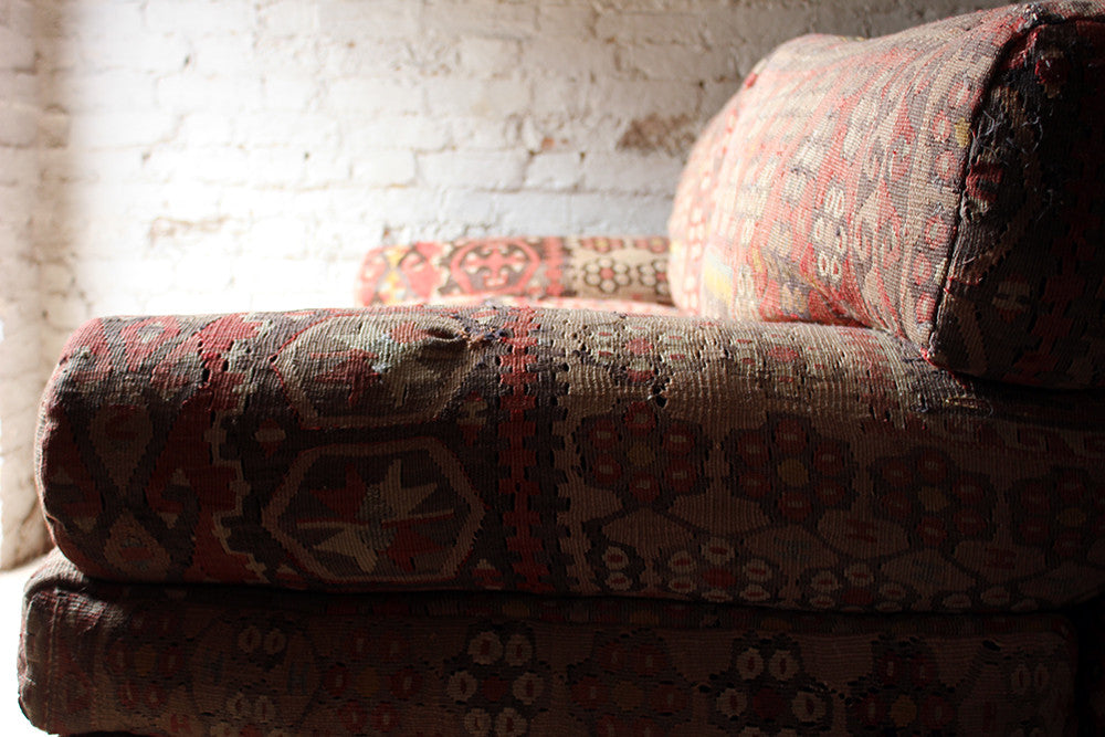 A Very Good Quality c.1990 Three Seater Kilim Upholstered Sofa by George Smith, Fulham Road
