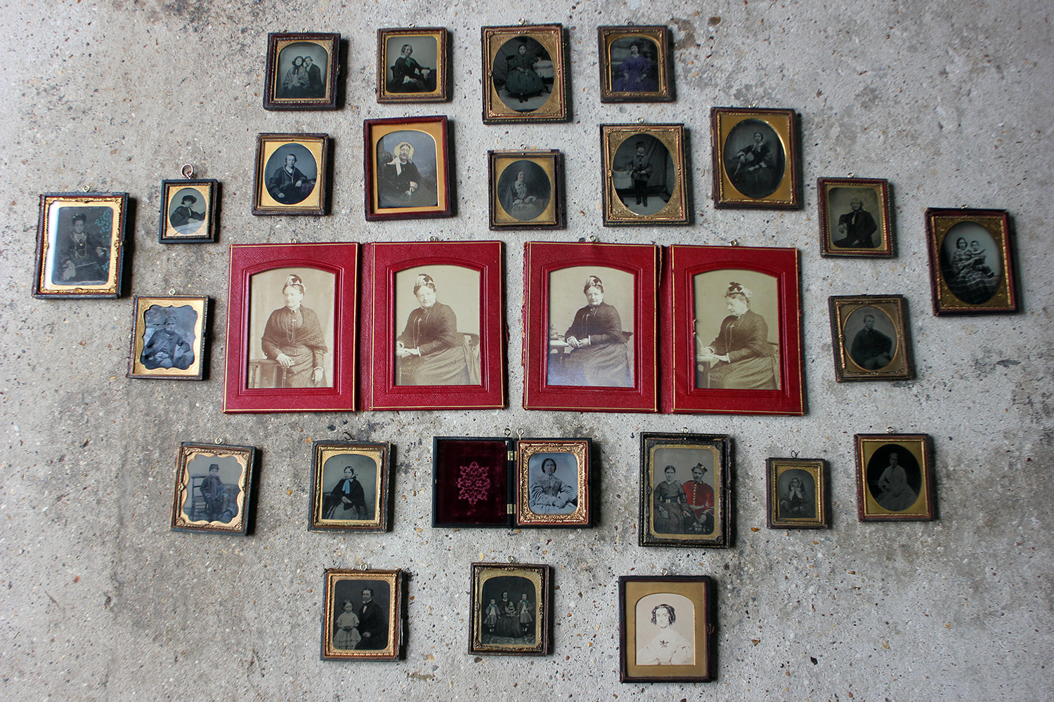 A Large Collection Of 28 Victorian Framed Ambrotype & Daguerrotype Portraits c.1850-90
