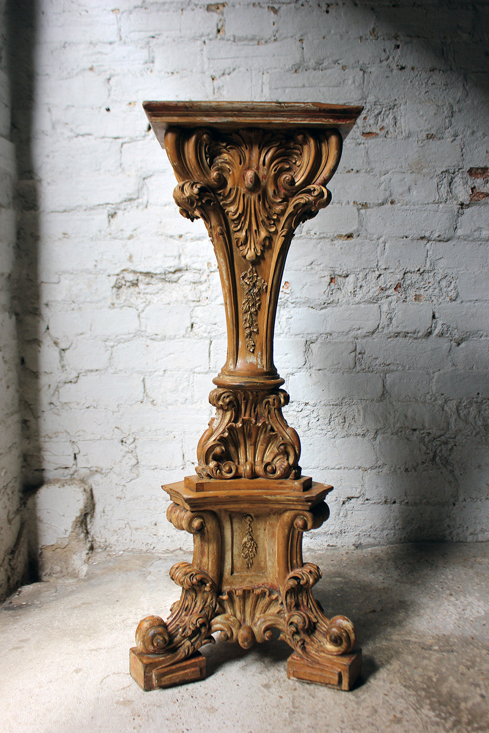 An Attractive Carved & Gilt Decorated 19thC Continental Limewood Torchère