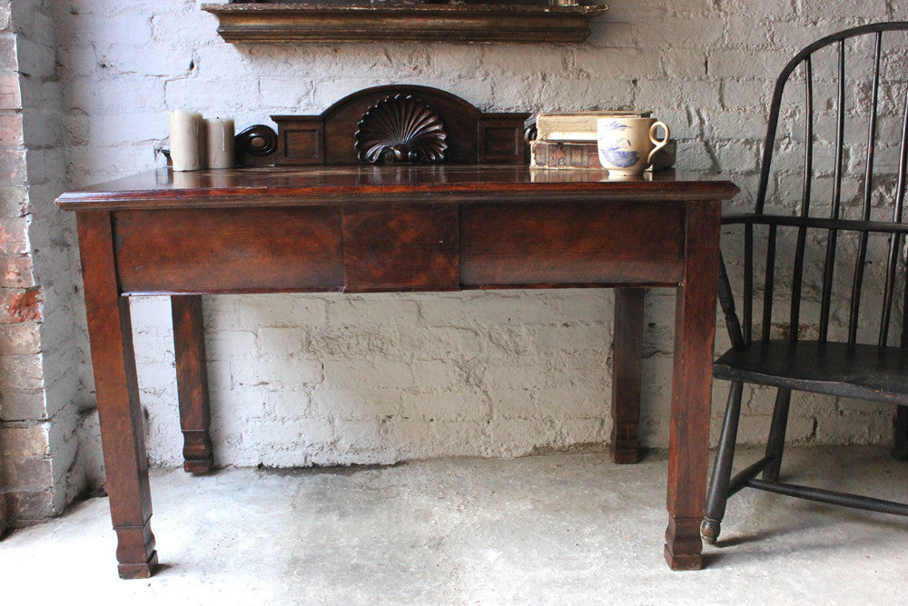 A Good Quality Early Victorian Oak Hall Table c.1840