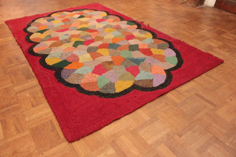 A Scarce Early 20thC English Antique Rag Rug 163cm x 100cm