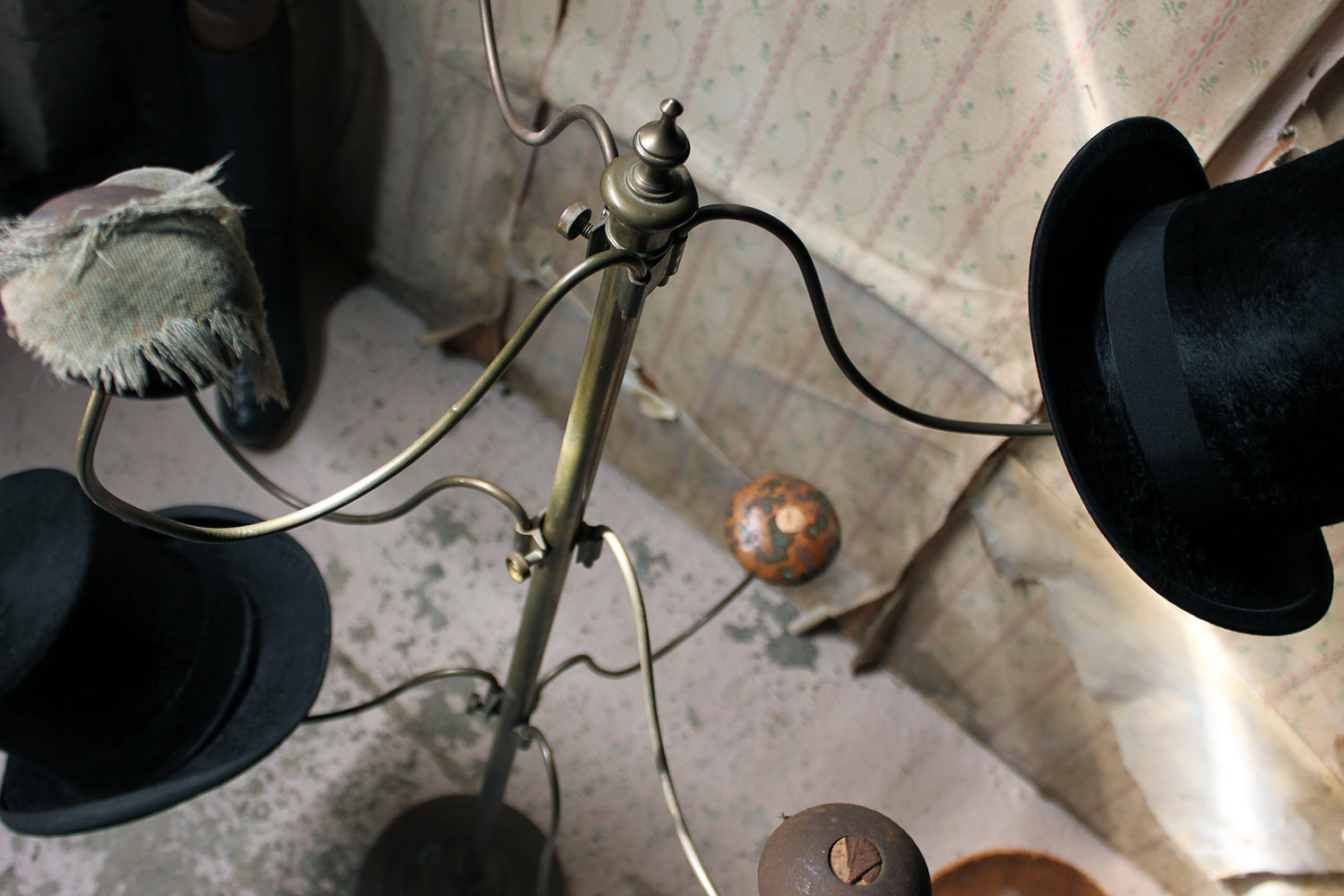An Early 20thC Brass Millinery Hat Stand; Annie Gold; French Milliner; Spitalfields, London