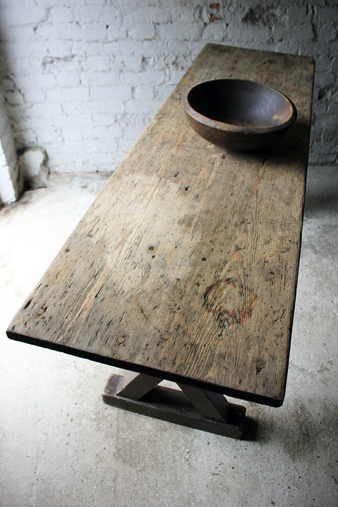 An Attractive 19thC English Bleached Oak & Stained Pine Tavern Table