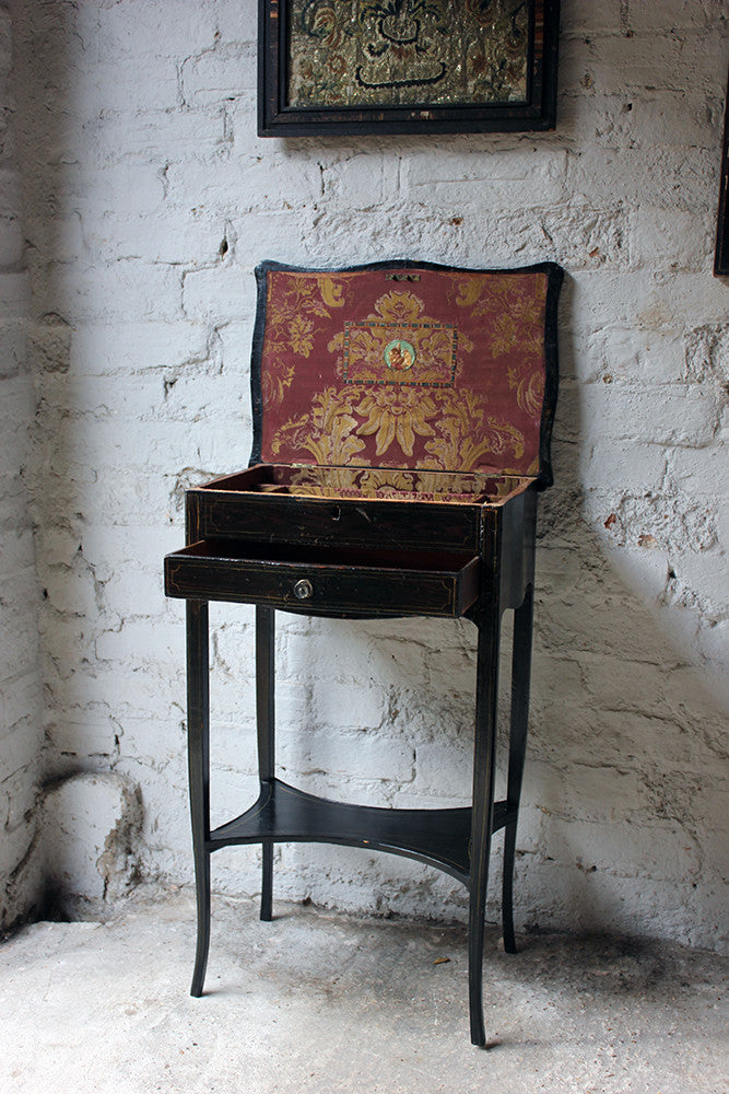A Pretty Regency Period Black Japanned Side Table c.1815