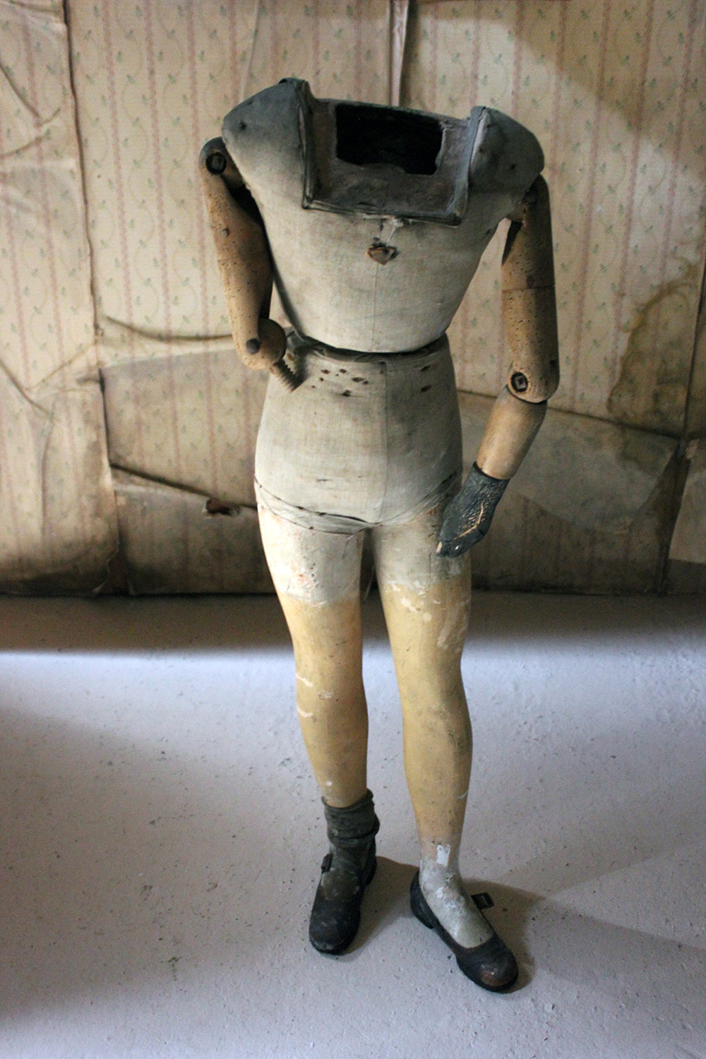 An Early 20thC Youth Mannequin; Probably by Siegel & Stockman Paris c.1910