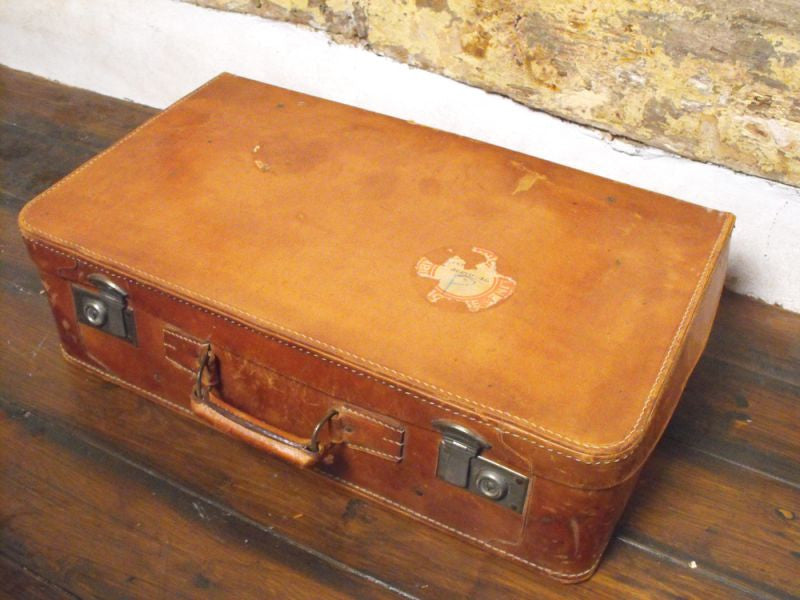 A Good Quality Vintage Leather Travelling Suitcase