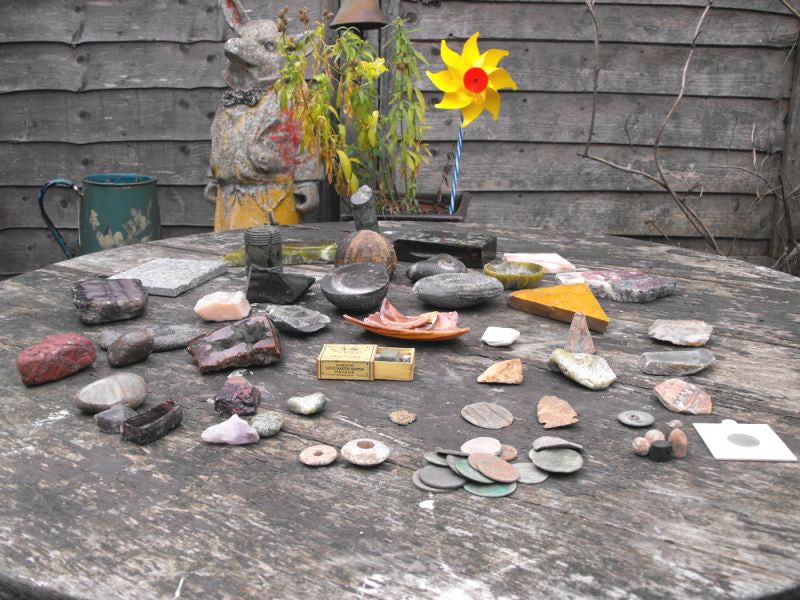 An Interesting Geology & Paleontology Country House Collection of Fossils, Antiquities, Coins, Rock Samples & Minerals