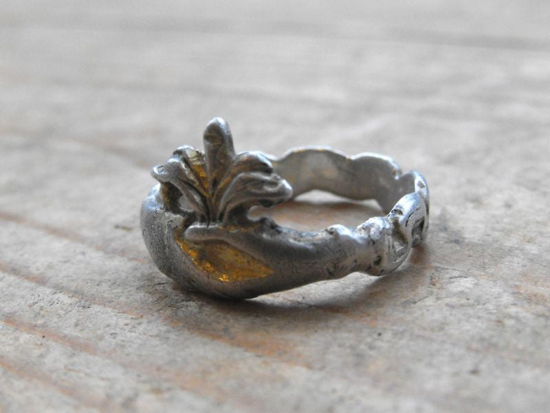 A Pretty Post-Medieval Silver-Gilt Clasped Hands Fede Ring