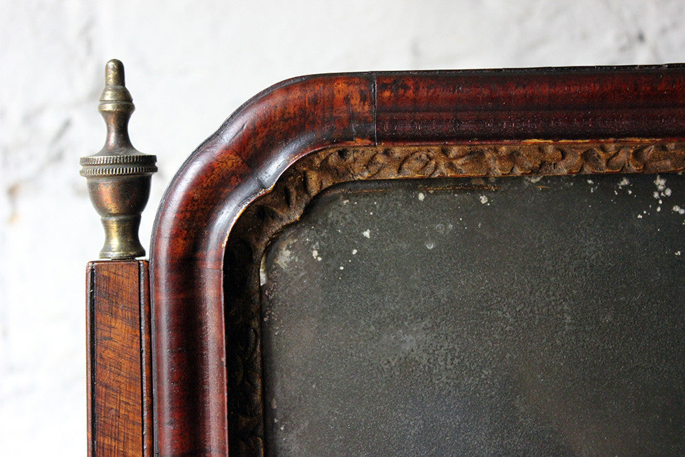A Fine George II Period Figured Walnut Three-Drawer Dressing Mirror c.1730