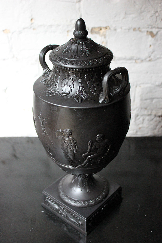 An Attractive 19thC Wedgwood Black Basalt Twin-Handled Vase & Cover c.1872