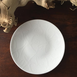 Starfish White Accent Dessert Plate