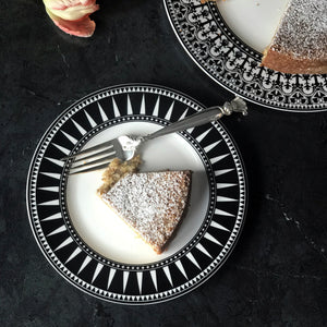 Marrakech Black Salad Plate with Casablanca Black Dinner Plate