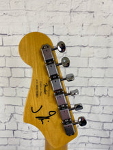 Load image into Gallery viewer, SQUIER BY FENDER J MASCIS JAZZMASTER® - PRELOVED
