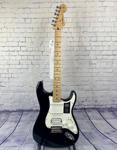FENDER PLAYER STRATOCASTER® HSS BLACK/MAPLE BOARD