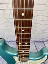 Load image into Gallery viewer, FENDER LONE STAR STRAT 1997 TEAL GREEN METALLIC ***PRE LOVED***