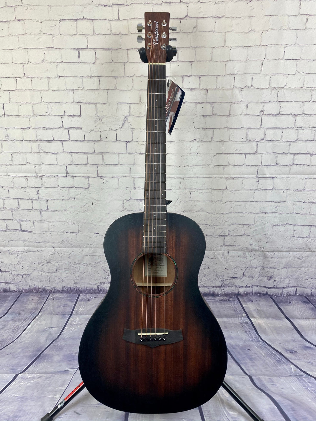 TANGLEWOOD TWCRP CROSSROADS PARLOUR ACOUSTIC GUITAR