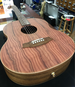 Cole clark Little lady 2 redwood top blackwood back and sides Satin nitro