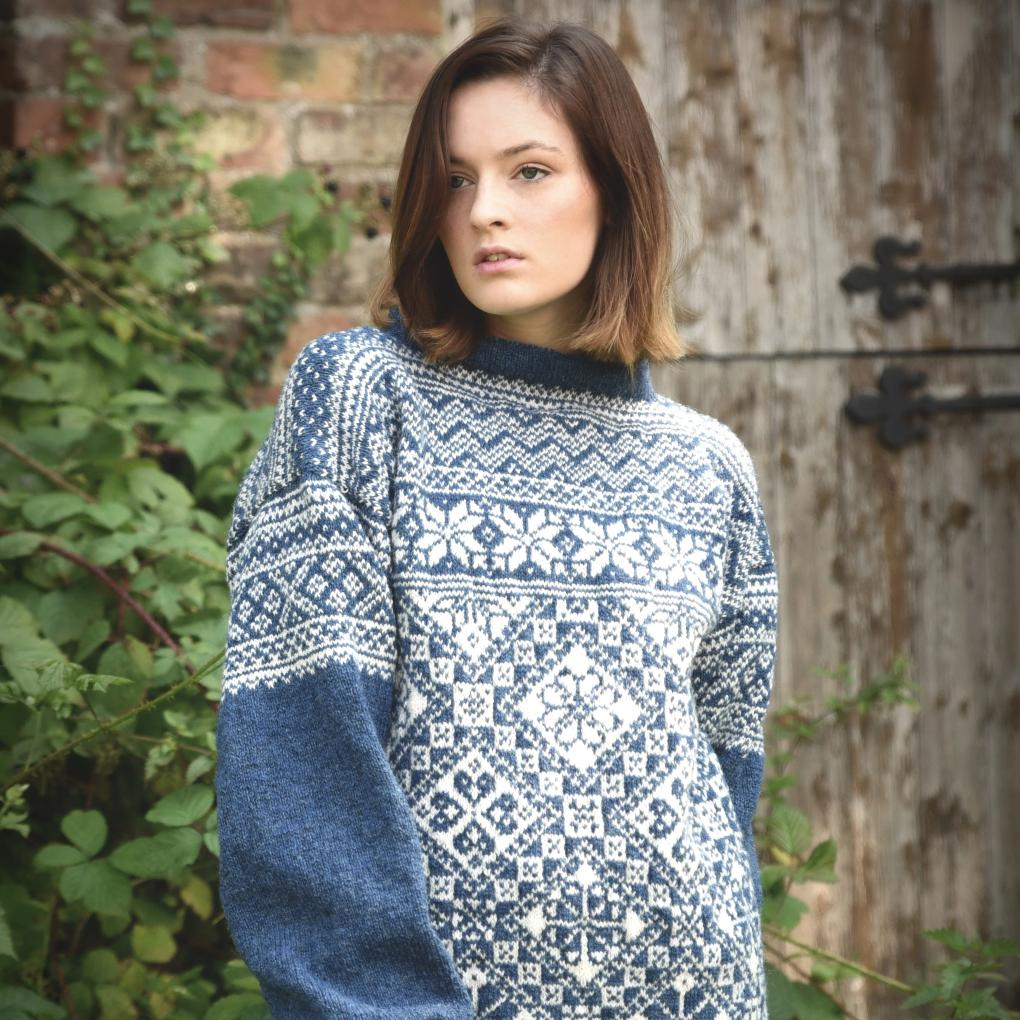 Norge jumper shown in Hessle and White Rose