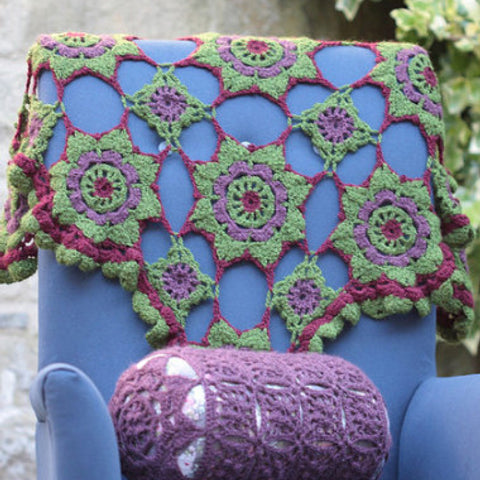 Wild Berries Cushion and Blanket pattern leaflet