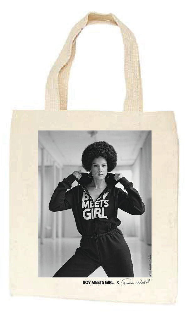 Boy Meets Girl® Black Label x Veronica Webb, shot by Sophie Elgort, has dropped. The 90's are back, get this web exclusive tote today.